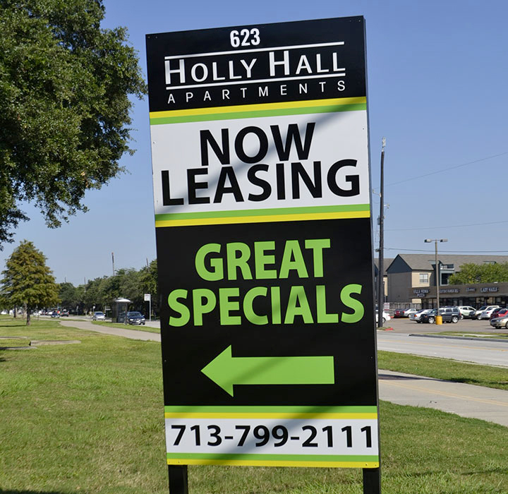 Attractive real estate signs for commercial use