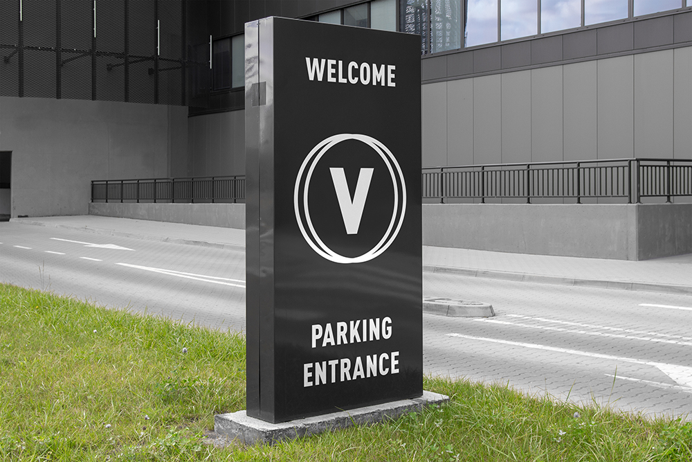 Entrance parking signs