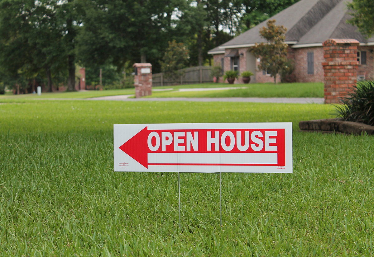 Open house signs in Orange County